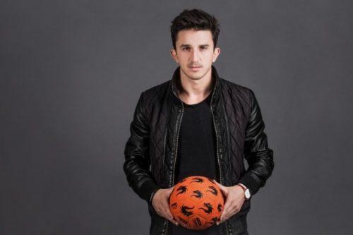 Portret z piłką
